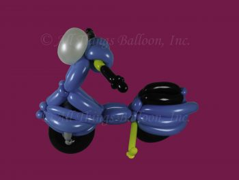 balloon artist - Vespa scooter